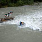 Wenn Peter Csonka auf der Welle ist staunen (nicht nur) die Surfer, Foto: Michael Sommerauer