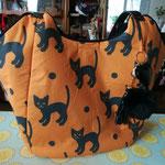 Großer Schopper (verkauft)   Muster habe noch anderen Katzenstoff bitte Anfragen