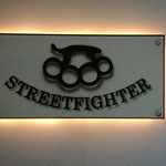Streetfighterschild
