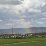 Regenbogen über (noch) Windrad freiem Maitzborn und Soonwald
