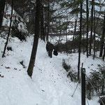Unterwegs im verschneiten Parcours