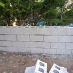 muro de bloques gris