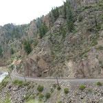 Die Eisenbahn entlang dem Colorado River...