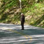 Was macht denn diese Park-Rangerin auf der Strasse?