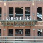 Das Stadion der Colorado Rockies, der Baseballmannschaft von Denver...