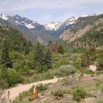 Der Trip dauert zwei Stunden und führt uns in wunderschöne Landschaften...