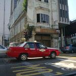 Hallo Kuala Lumpur! Vom Flughafen gehts erstmal ab mit dem Taxi zu unserem Hotel.