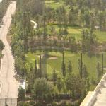 und den Golfplatz...