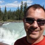 Pascal mit Wasserfall