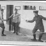 1943 - Babbo in duello alla sciabola - father in duel with the saber