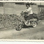 1960 - Madre in motociclo - mother on motorcycle
