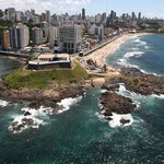 Salvador de Bahia, mare e scogli