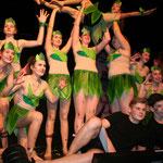 Die Gruppe Dance United zeigt dem Publikum ihren einstudierten Tanz