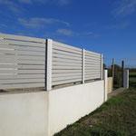 Mur de clôture et pilier