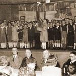 Die Verabschiedung des Lehrers Pingel 1950 bei Sievert
