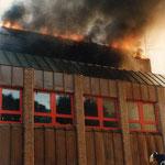 Der Brand des Laborgebäudes der Dortmunde Stadtwerke in Geisecke, 1987