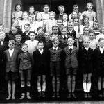 Volksschule Geisecke, Klassenfoto um 1948, Klasse 6-8
