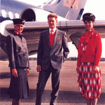 Kabinencrew vor ihrer DC-9-10/Courtesy: British Midland