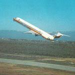 In Szene gesetzter Steigflug dieser MD-83/Courtesy: Aero Lloyd