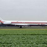 Die F-GFUU in Amsterdam. Man beachte, dass dieses Flugzeug noch die cheatline des vorherigen Nutzers BIA trägt!/Courtesy: David van Maaren