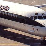 Cockpitsektion einer MD-82/Courtesy: Alitalia