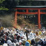 廣瀬神社の砂かけ祭りを見学