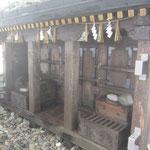 雄山神社社殿