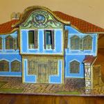 Млъчковата къща в Копривщица, изработена от Никол Еванджелисти - 6 г. и нейните родители