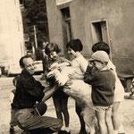 bambini in Valle Brembana (archivio A. Santi)