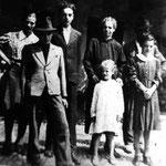 famiglia in Valle San Martino (archivio D. Torri)