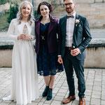 © Julia Reif Fotografie (www.juliareif.de): Hochzeitssängerin Juli mit Brautpaar Julia und Daniel