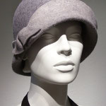 Model Susa, two coloure Felt , here grey