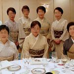 シックな装いのマダム達。きもの文化検定パーティーにて。