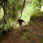 Passaggio esposto sul sentiero Alpe di Stabbiello - Prepiantò