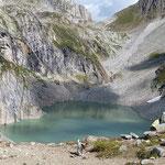 """Lago Sfundau 2392 m, """"Jack"""" e la Capanna Cristallina"""