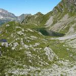 Lagh de Calvaresc 2214 m