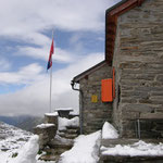 Capanna Cadlimo 2570 m