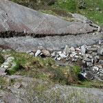 Qui è stata spaccata la roccia per passare con il sentiero