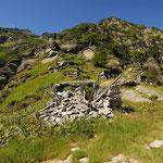 I resti dell'Alpe del Laghetto 1832 m