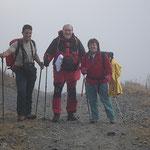 Amici della montagna di Varese ci accompagnano fino al Passo dell'Uomo