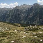 Alp de Naucal e la parte opposta della Val Calanca