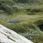 Il piccolo Lago Baciö a 2190 m