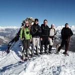 Da sinistra: Ale, Mauro, io, Willy e Luciano sul Monte Ferraro 1493 m (un gradito incontro con Ale e Mauro)
