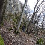 Nel traversone sotto le rocce del Monte San Giorgio