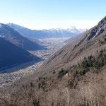 Verso Bellinzona dal sentiero per Vatiscio