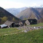 Ighelon 834 m