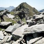 Percorriamo la cresta verso la Bocchetta di Vedrign