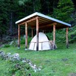 """""""Carbonera"""" all'inizio del sentiero per l'Alpe di Giumello"""