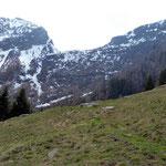 Dall'Alpe Tarch il Passo dei Laghetti