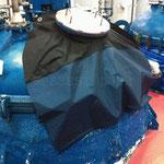 Чехол-укрытие из синтетической ткани на оборудование